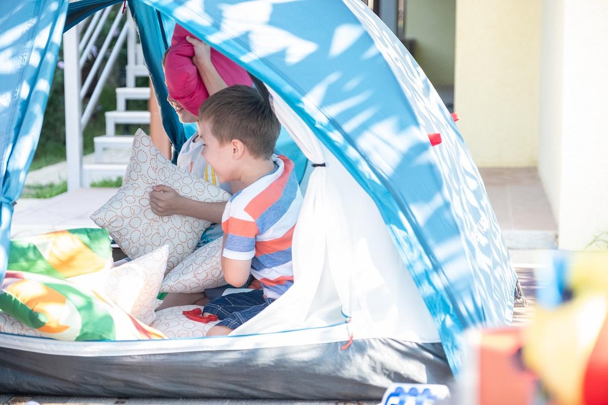 Franklin TN Preschool Play tent